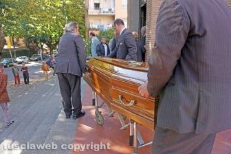 I funerali di Gianfranco Faperdue