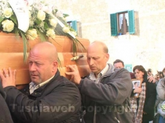 Sorano - I funerali di Valentina e Martina