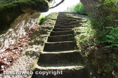 Bomarzo - I misteri della piramide etrusca