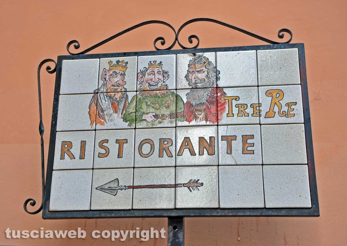 "Viterbo - Ristorante ""I tre re"" - bottega storica"