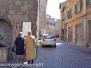 I turisti invadono la città dei Papi