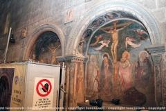 Restaurati due affreschi a santa Maria nuova