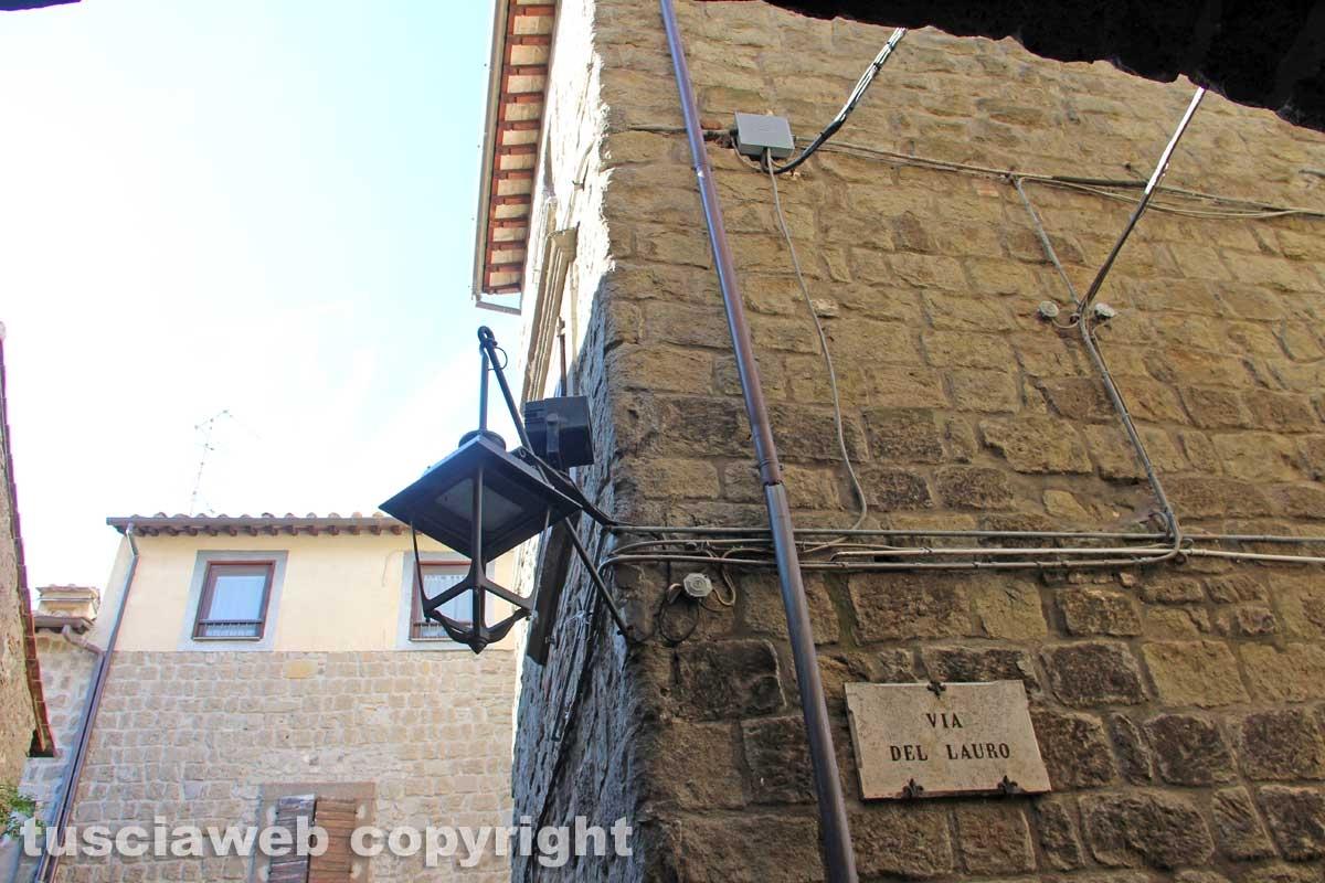 Viterbo - Il sopralluogo di e-distribuzione nel centro storico