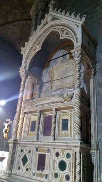 La tomba di papa Adriano V