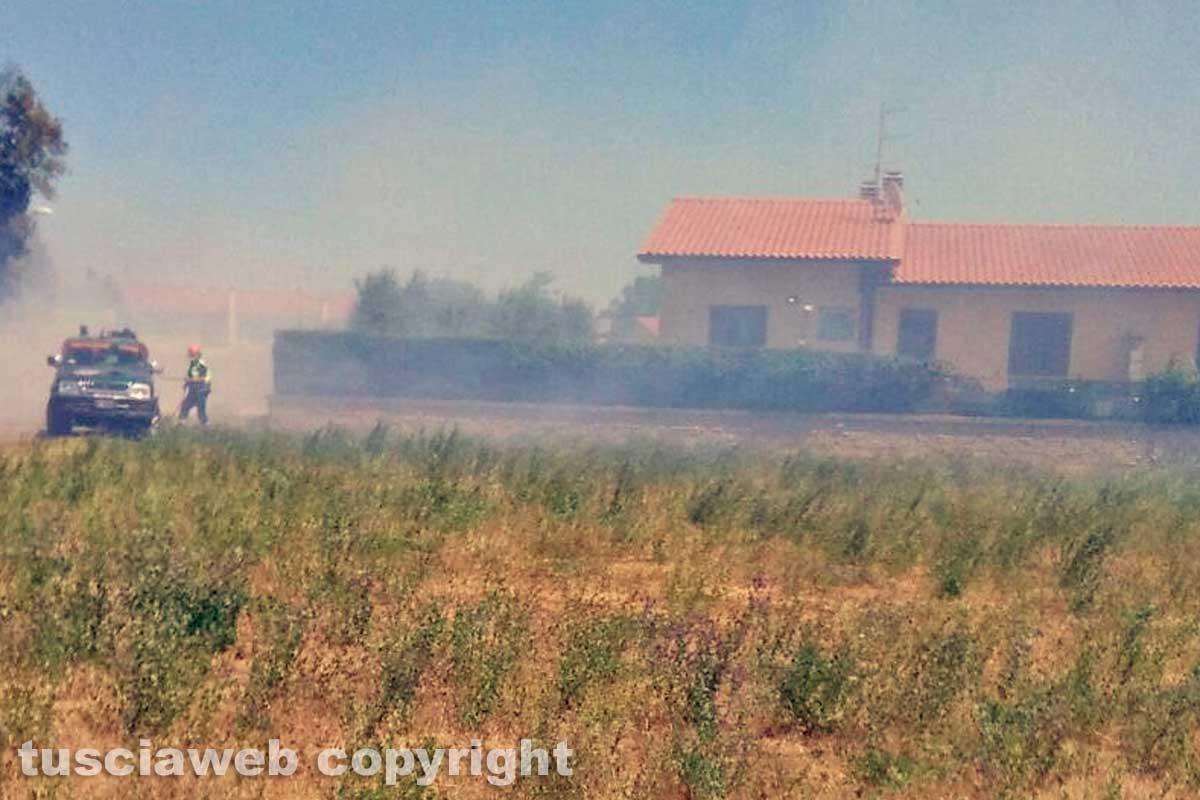 Incendio al quartiere ex Gescal