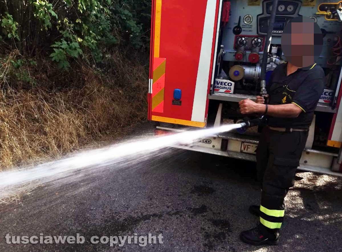 Incendio in strada Signorino