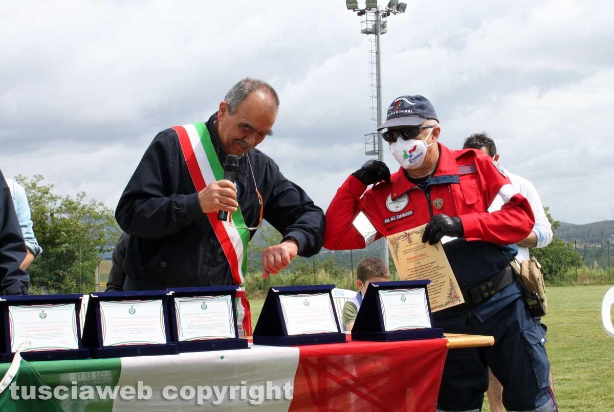 La premiazione dei volontari della zona rossa