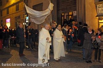La processione della Madonna di Lourdes