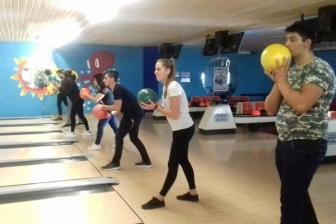 Sport - Gli studenti al bowling Ciao di Viterbo