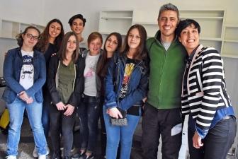 Pif con gli studenti del Besta