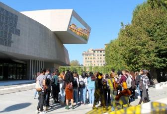 Roma - Gli studenti del liceo Midossi di Vignanello al Maxxi