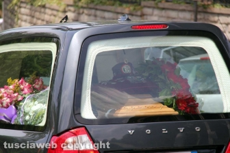 Viterbo - L'addio dell'Esercito al militare Daniele Ferrante