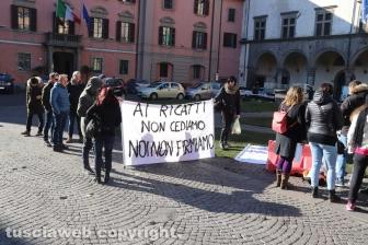 Viterbo - La protesta dei lavoratori Cup