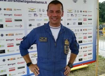 Le Frecce tricolori sul lago di Bolsena - il comandante Mirco Caffelli