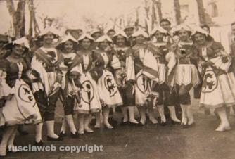 """Carnevale di Ronciglione – La mascherata """"Le nozze d'Aurora"""", anni Cinquanta"""