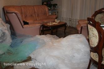 Carnevale di Ronciglione - Casa di Pierina, le stanze affollate di stoffa