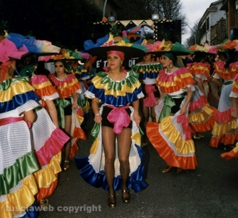 Carnevale di Ronciglione - Le mascherate di Pierina - Il mambo