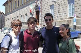 Viterbo - Maturità 2019 - Studenti del liceo Ruffini