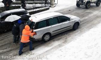 Maltempo - La neve a Montefiascone - Problemi di circolazione