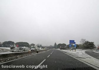 Maltempo - Neve sulla superstrada