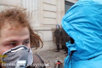 Parigi, i volti in mezzo alla battaglia - 8 dicembre - Foto Daniele Camilli