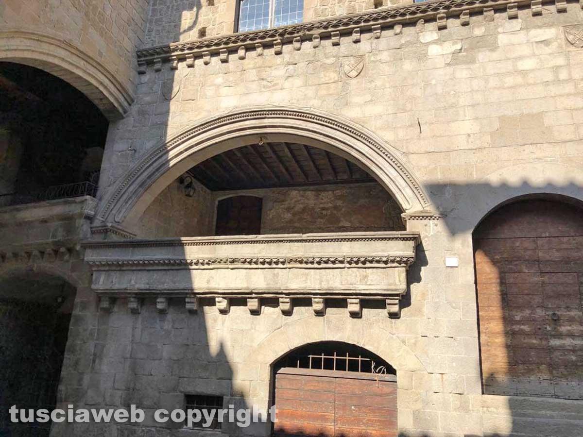 Piazza San Pellegrino nel degrado più completo