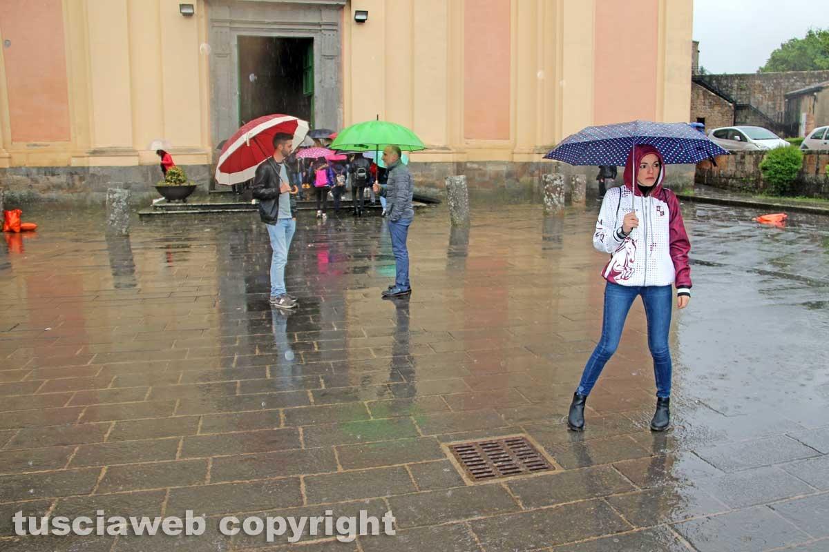 Pioggia e pugnaloni