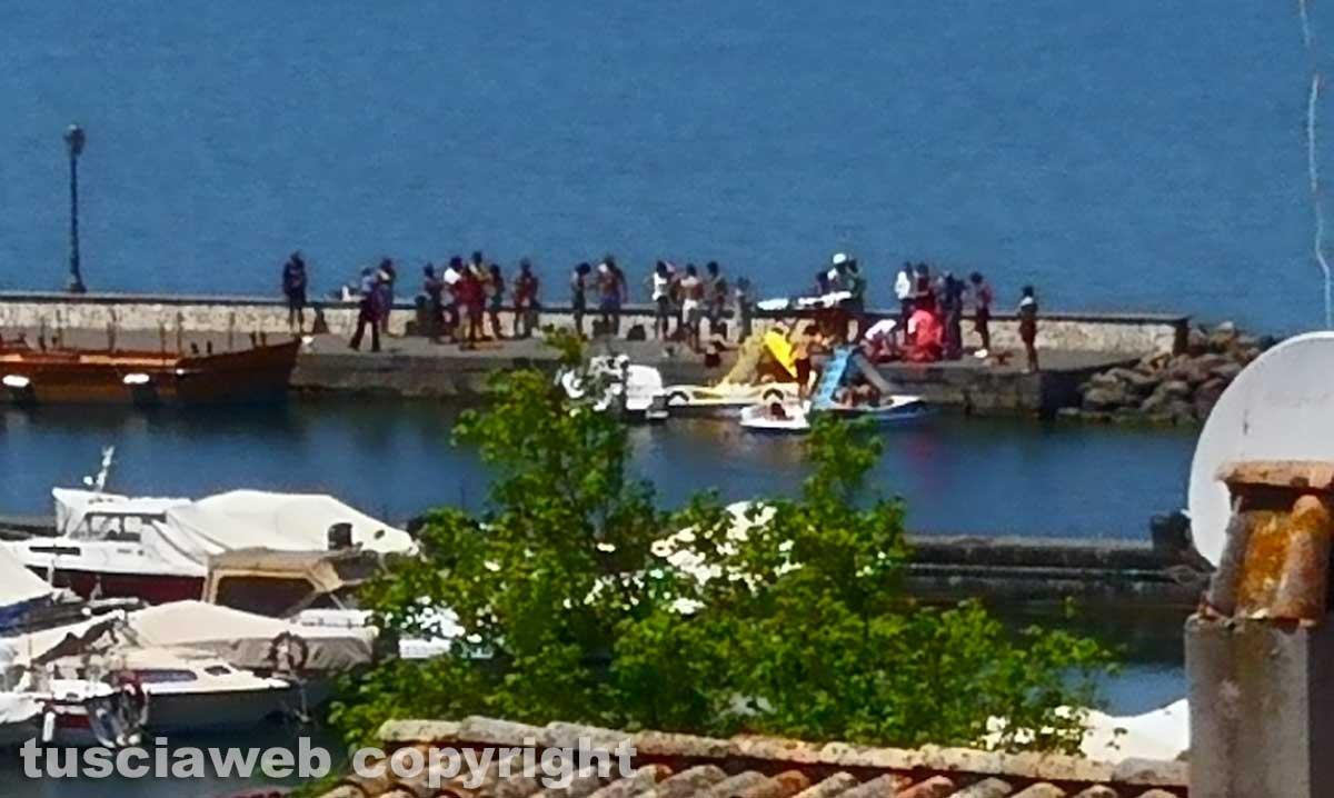 Capodimonte - Ragazzo annega nel lago