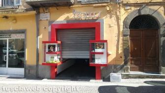 Viterbo - Rapina alla gioielleria Bracci