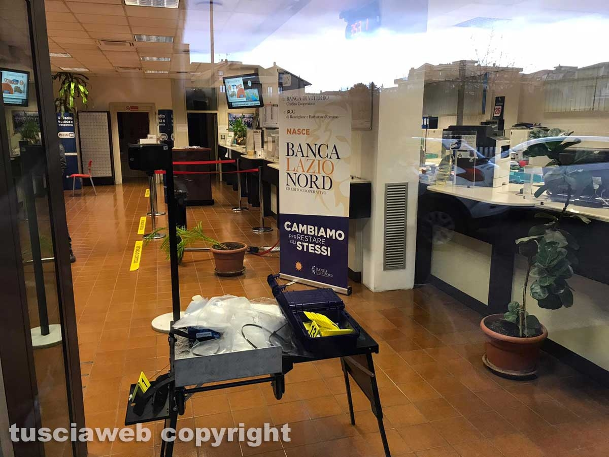 Viterbo - Rapina in banca a Villanova - L'intervento dei carabinieri