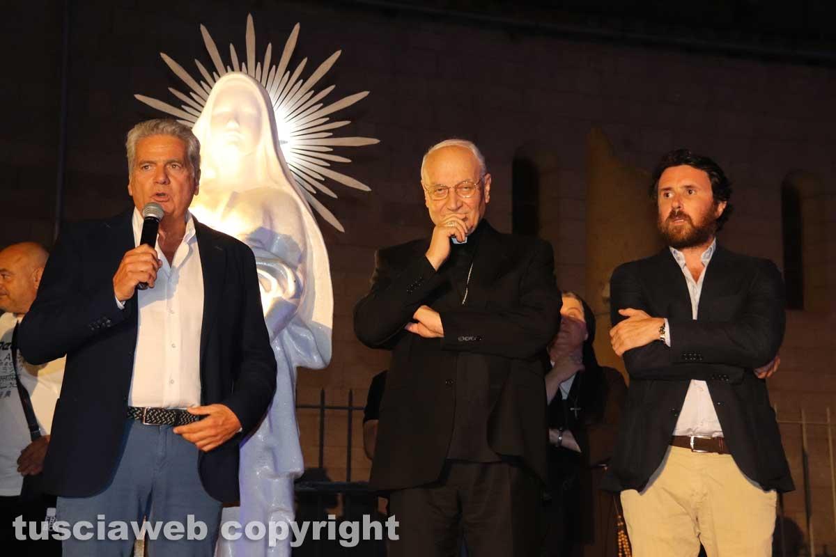La benedizione della statua di santa Rosa