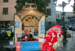 La casetta di Babbo Natale sulla piazza di Marta - Foto di Danilo Piovani