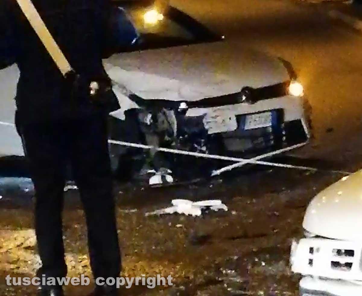 Capranica - Scontro tra due auto