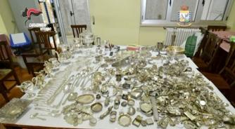 Il materiale sequestrato nell\'operazione Silver & Gold