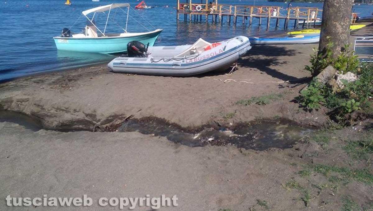 Capodimonte - Sversamento di liquami nel lago di Bolsena