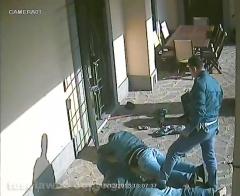Tentato furto in villa - Le immagini dell\'arresto-2013-12-20-a-16-56-19