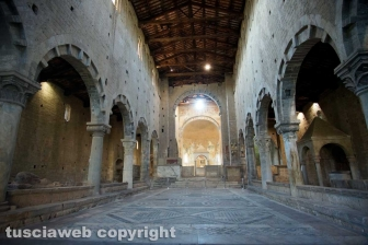 Tuscania - Chiesa di San Pietro