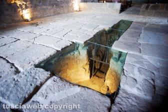 Tuscania - I resti della pieve benedettina all'interno dell'abbazia di San Giusto