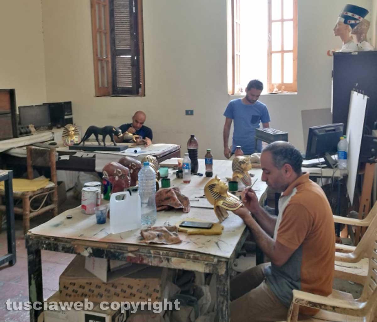 Il Cairo - Il laboratorio dove nascono le repliche dei Tesori di Tutankhamon