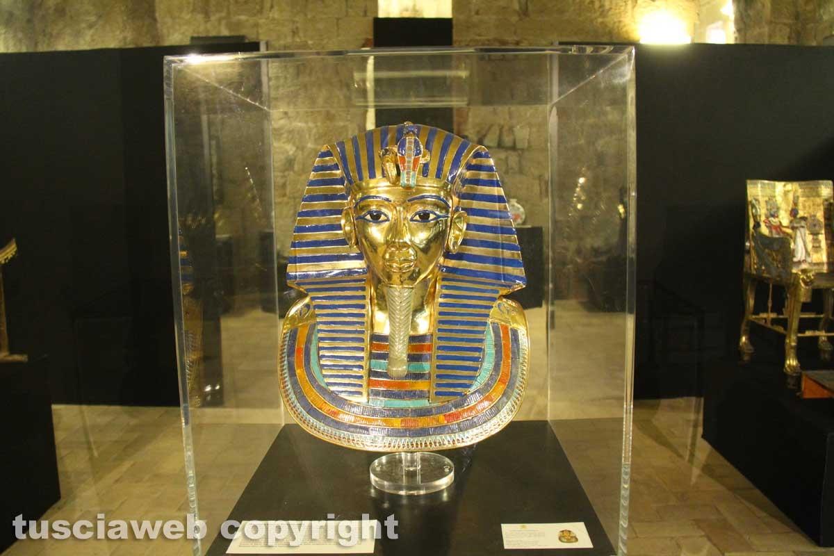 Viterbo - Tutankhamon, parte la mostra