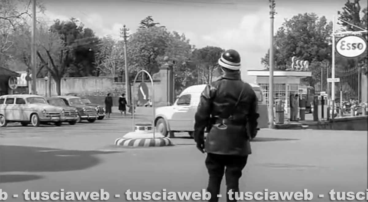 Un vigile in città