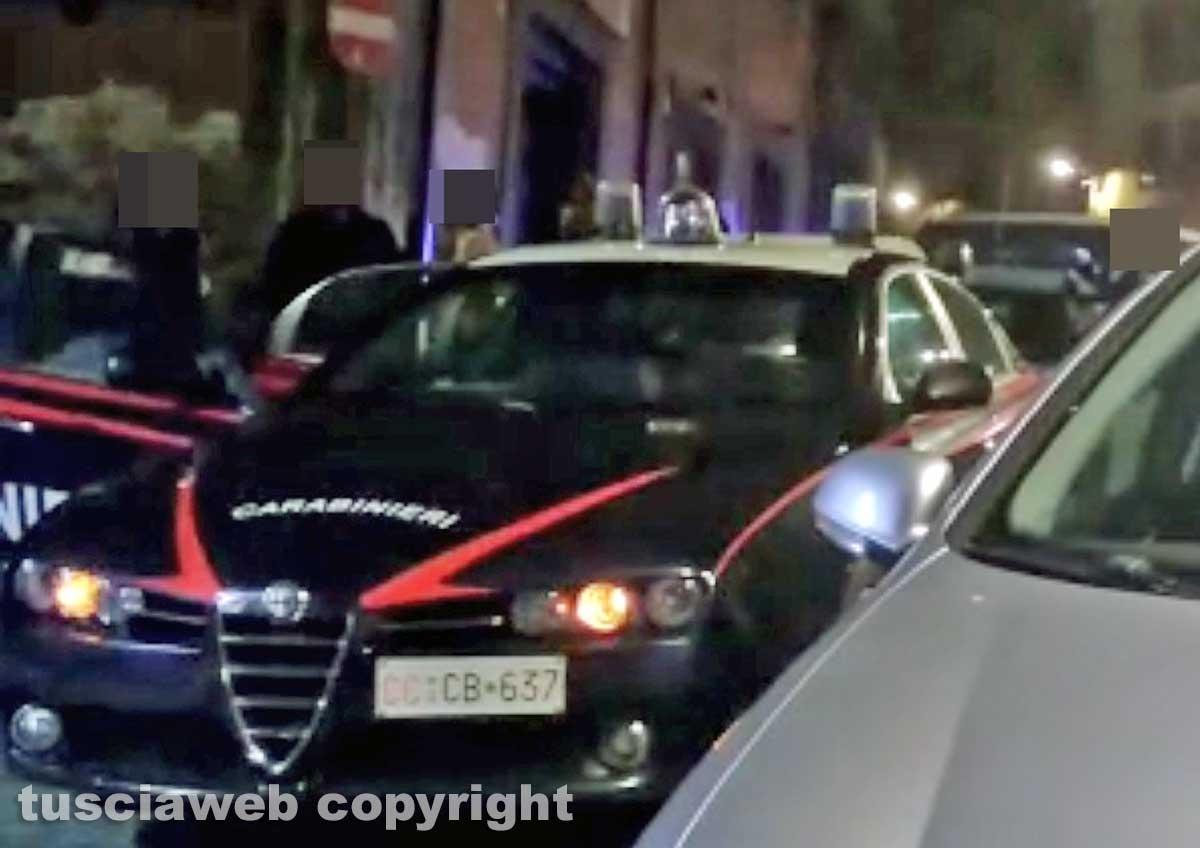 Viterbo - I carabinieri in via Cairoli