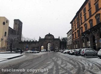 Maltempo - La neve a Viterbo - Porta Fiorentina