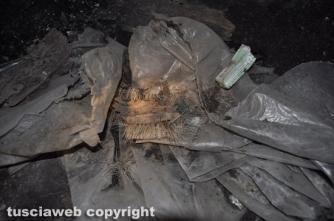 Viterbo sotterranea - Attrezzatura di un tombarolo