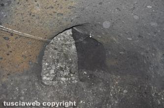 Uno scavo clandestino