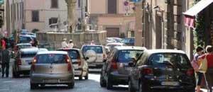 Traffico in centro a Viterbo