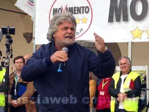 Beppe Grillo a piazza del Comune