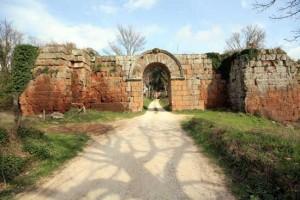 Antiche mura di Falerii Novi