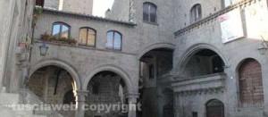 Viterbo - Centro storico - Palazzo degli Alessandri