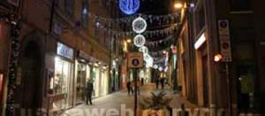 Corso Italia illuminato per Natale